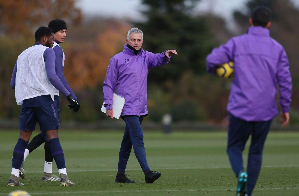 Jose-Mourinho-training