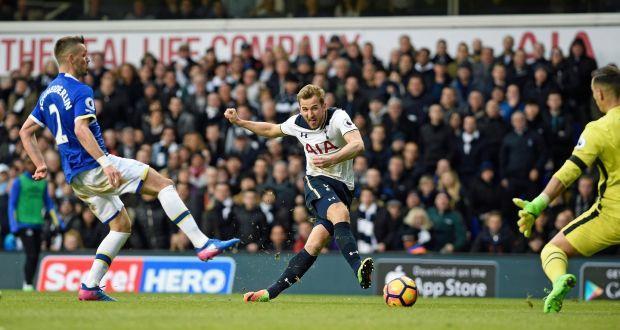 Kane_vs_Everton