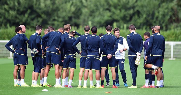 Mauricio-Pochettino-Tottenham-training-2014