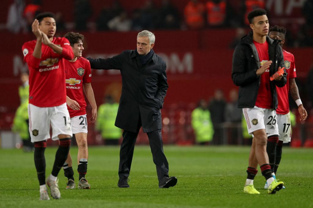 jose-mourinho-congratulates-manchester-united