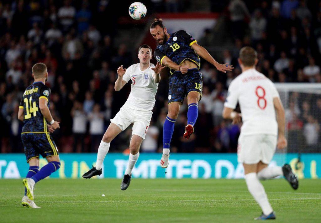 Vedat_Muriqi_Kosovo_England