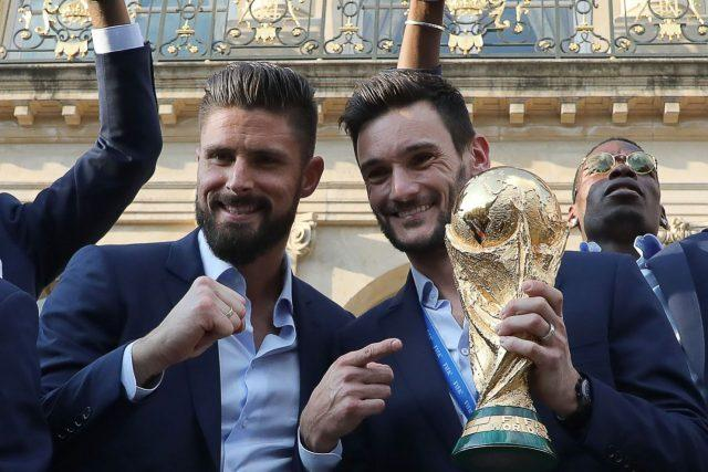giroud-llrois-world-cup-2018-france